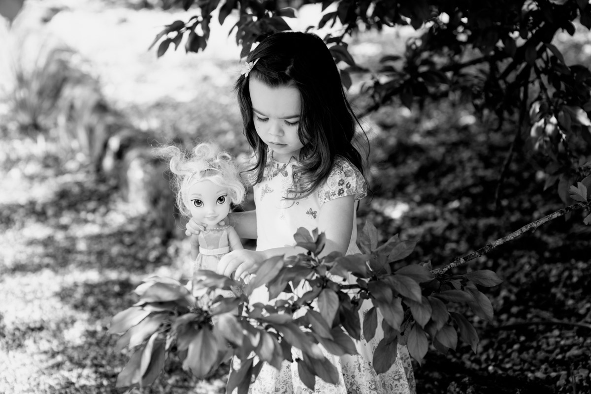 Flowergirl is photographed at Ratsbury Barn before her uncles wedding