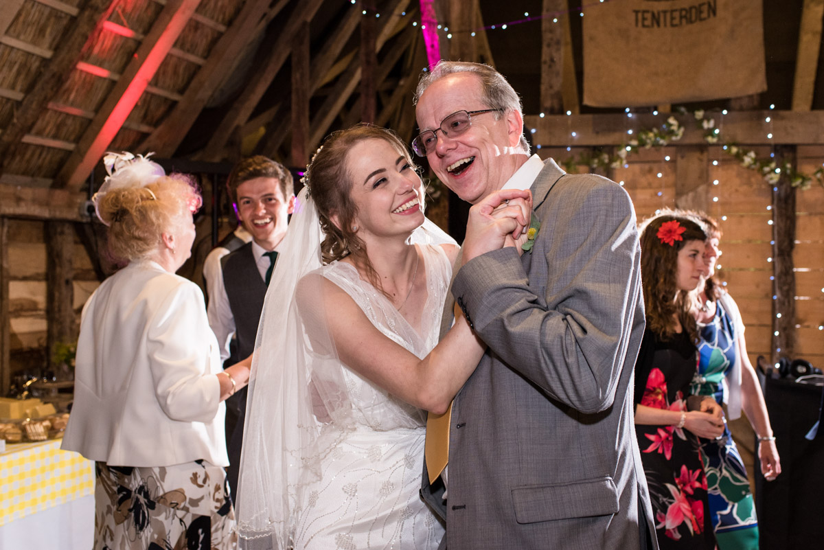 Beth and her father dance on her wedding day at Ratsbury Barn in Kent