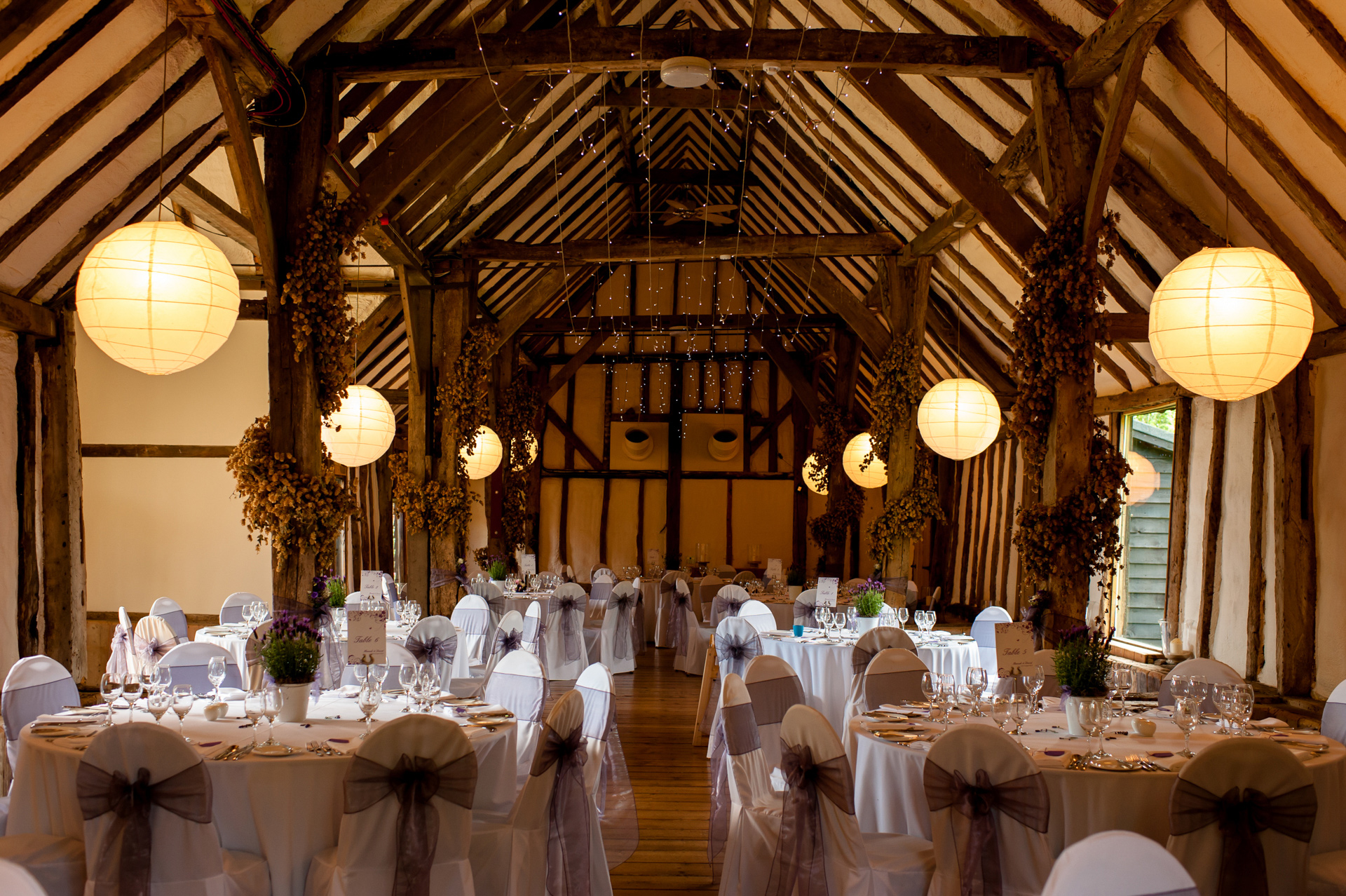 Kent Barn Wedding Venues Helen Batt Photography