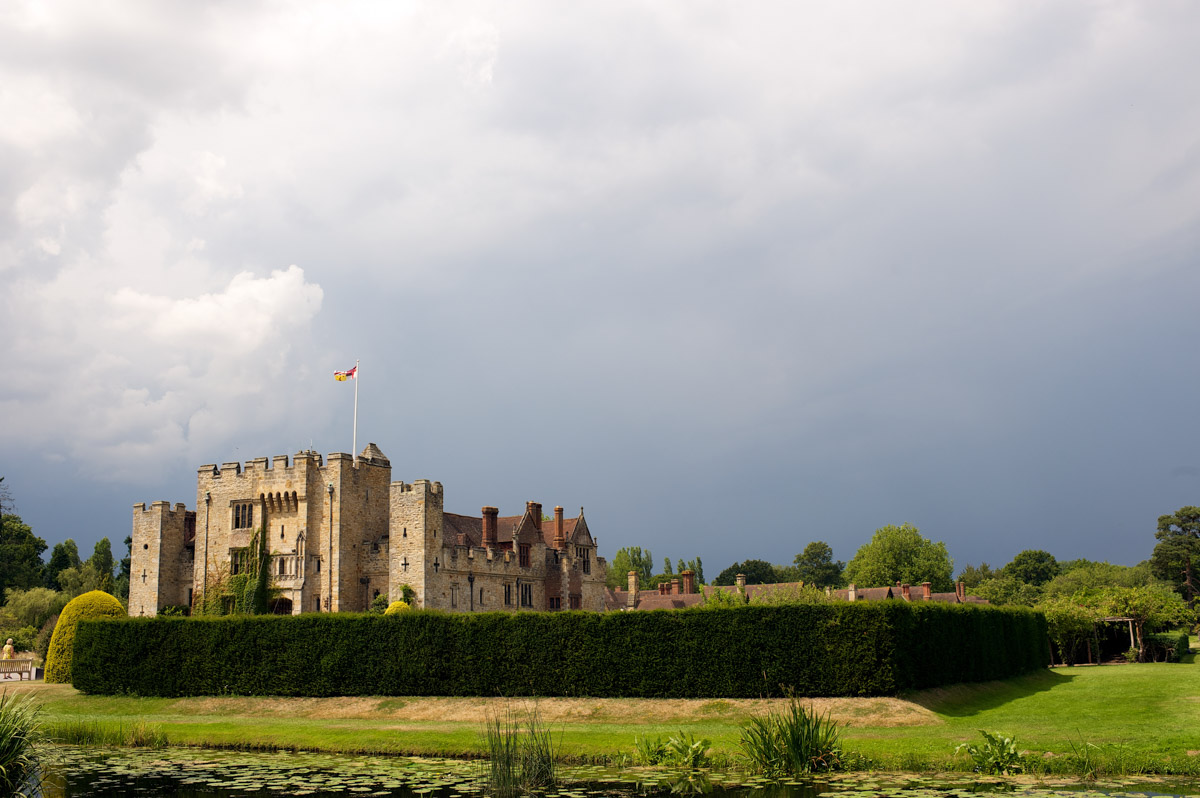 Photograph of Hever castle in kent on gail and johns wedding day