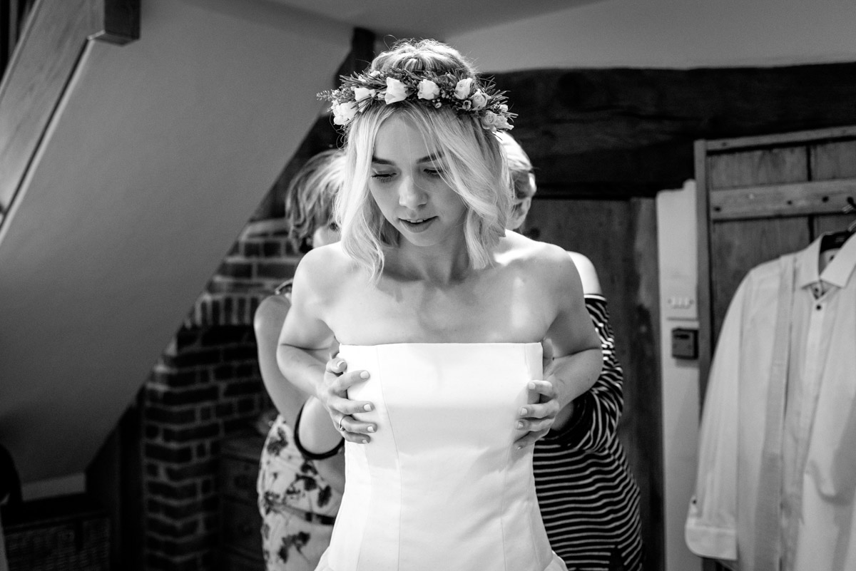 Kent wedding photography, Anne getting ready