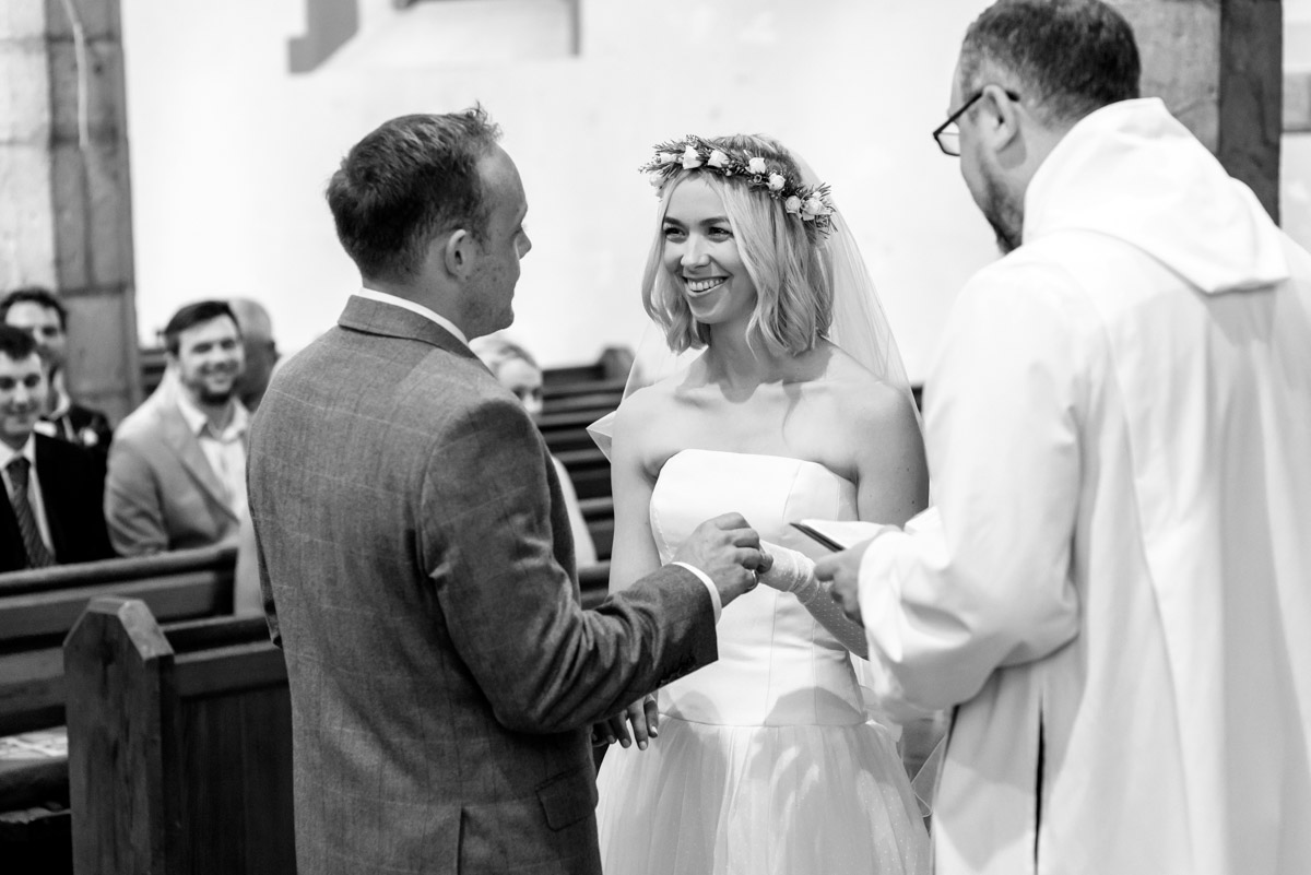 Kent church wedding in Chilham, Anne & Josh exchange vows