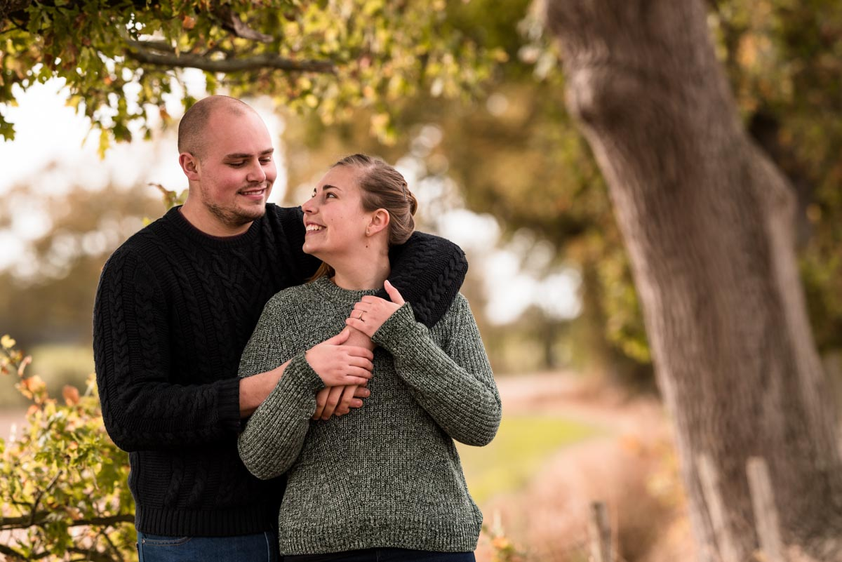 Pre wedding photography, Rachel and Ryan under the oak trees