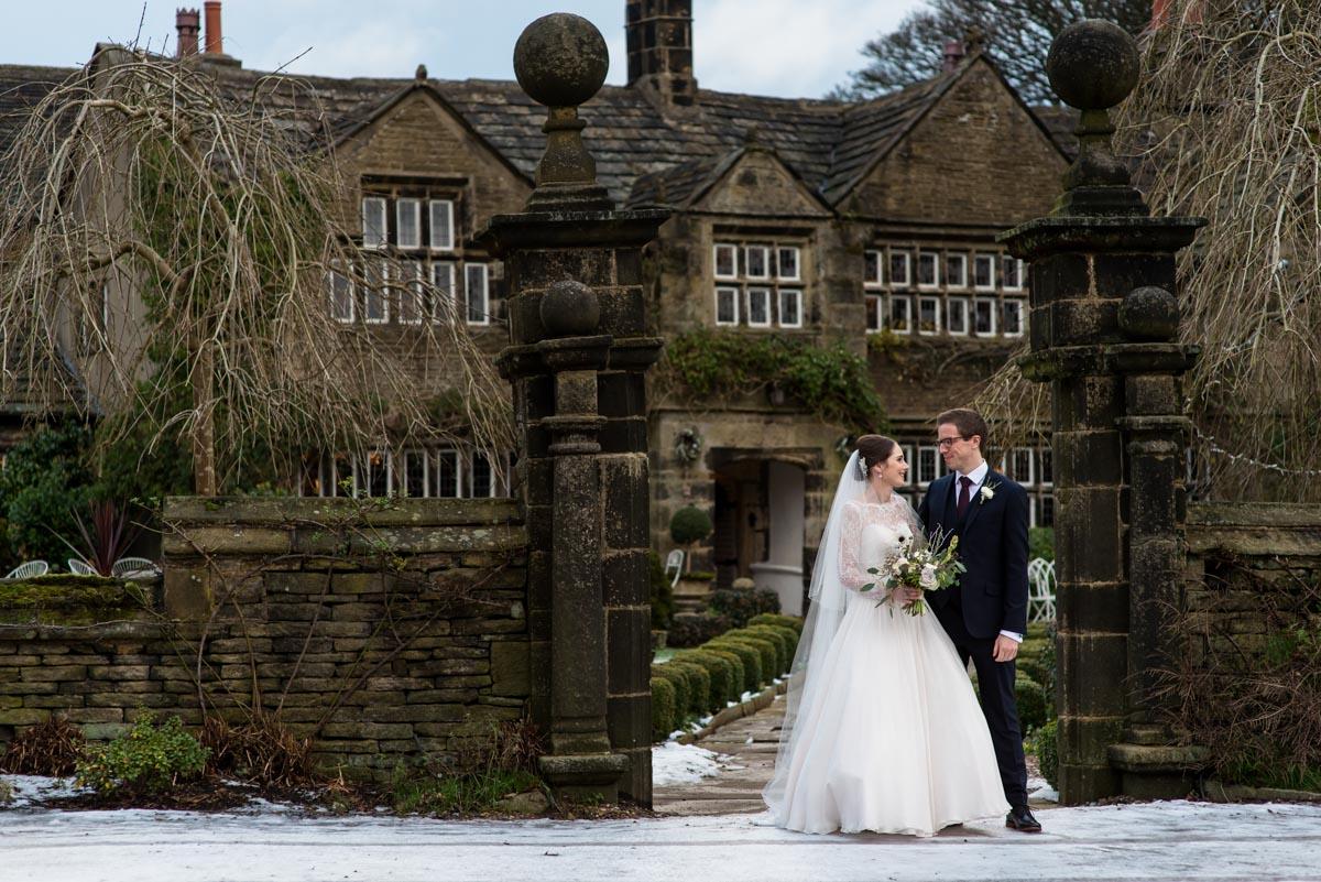 Kent wedding photographer Helen Batt photographs Holdswoth House wedding