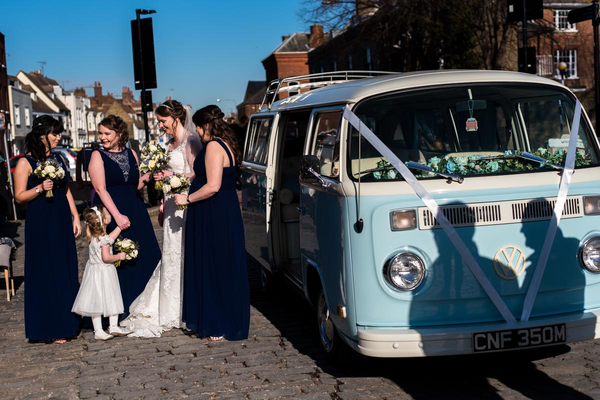 Photograph of Lindsey and bridesmaids arriving for wedding at The Old Brewery store