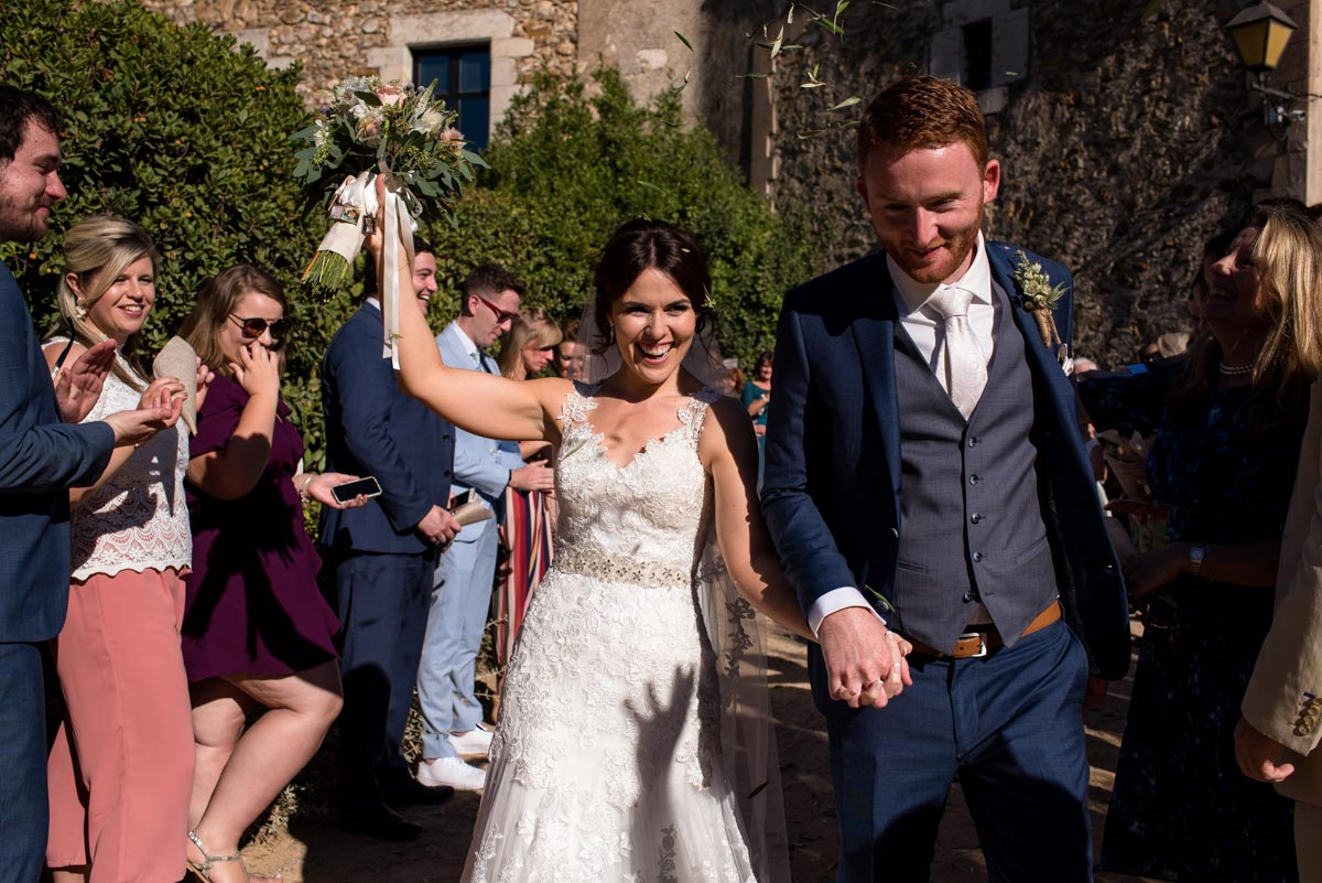 confetti photograh at castell d'emporda wedding venue