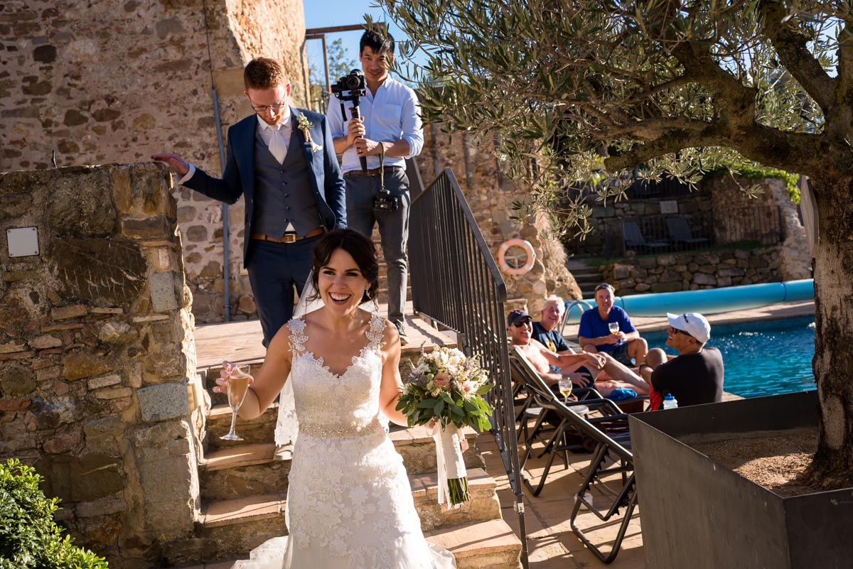 Rebecc and matt photographed at castell d'emporda wedding venue