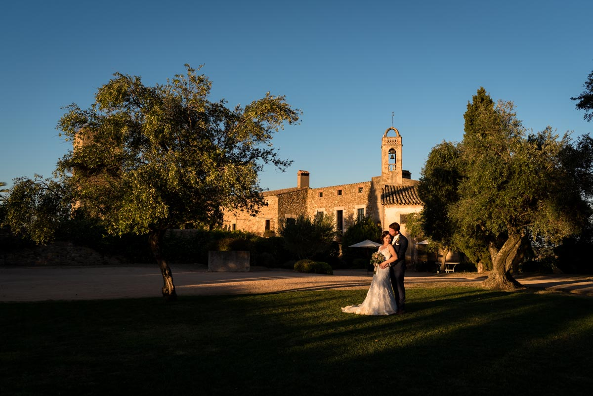 photograph of castell d'emporda on matt and rebeccas wedding day