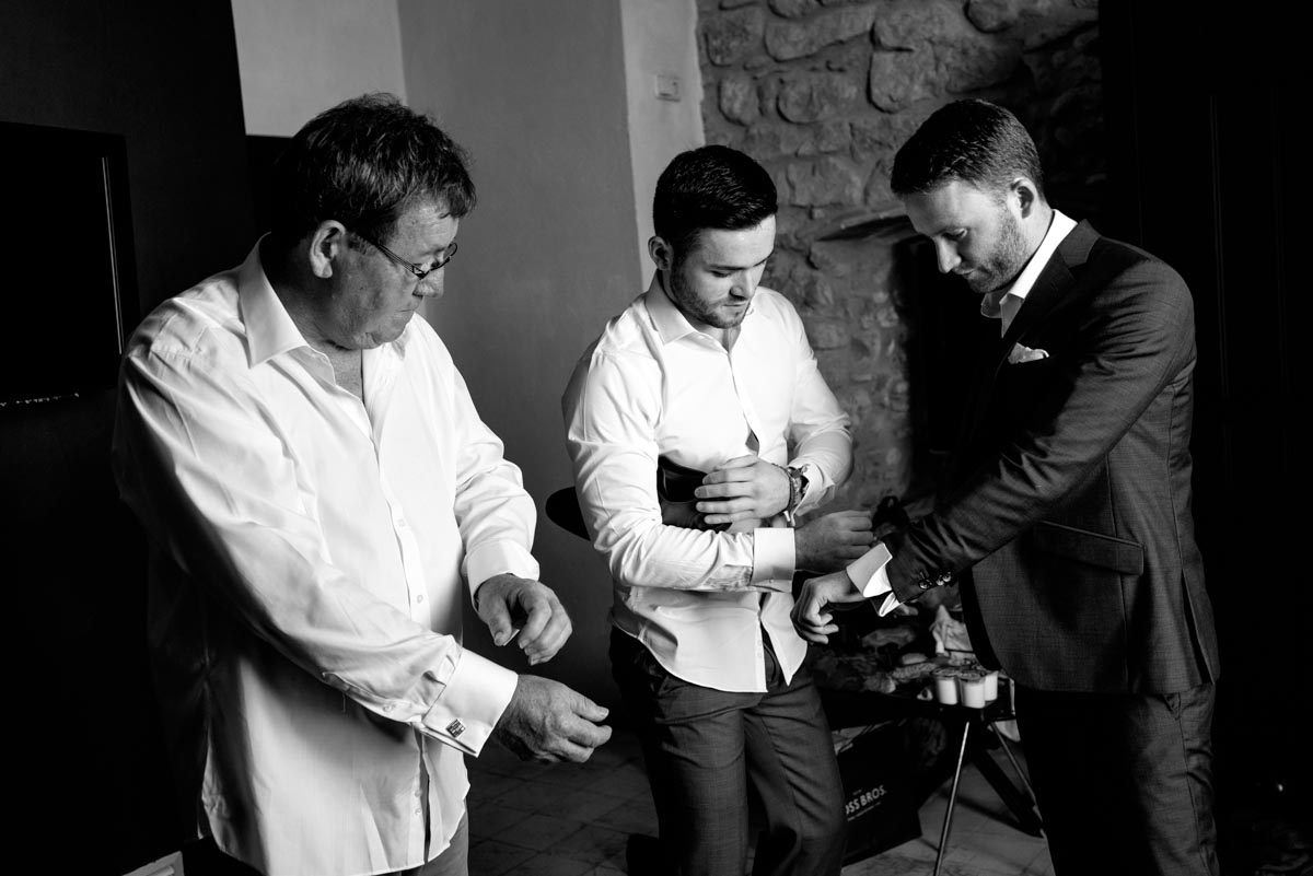 photograph of Matt and his groomsmen getting ready for his weding at castell d'emporda