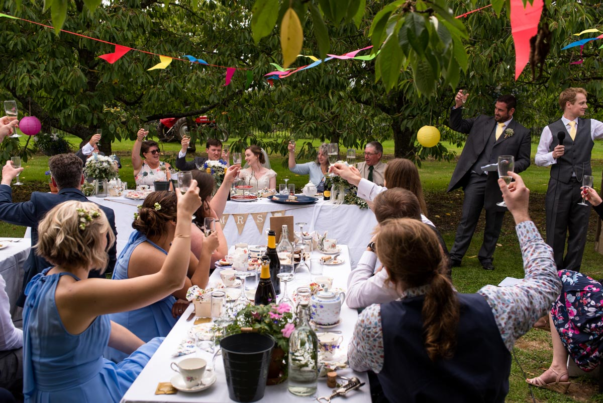 Kent outdoor wedding reception. Photographs of the speeches